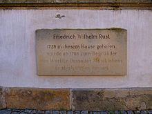 Gedenktafel am Geburtshaus (Quelle: Wikimedia)