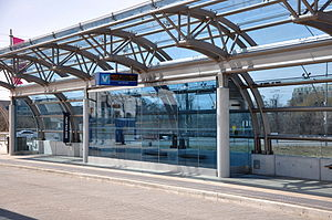 Viva Purple - Rapidway stations feature heated shelters