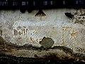 Wehrturm NS-Inschrift gegen Dollfuss.jpg