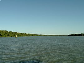 Wellington Murray River Ferry Crossing, looking south - panoramio.jpg