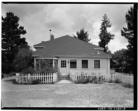 West facade; view to east; 90mm lens. - Warner Hutton House, 13495 Sousa Lane, Saratoga, Santa Clara County, CA HABS CAL,43-SARA,6-5.tif