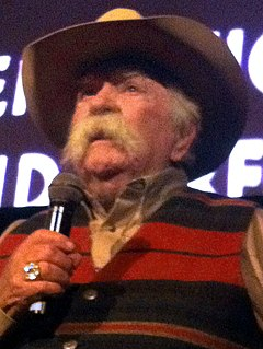 Wilford Brimley talking (cropped) (2).jpg