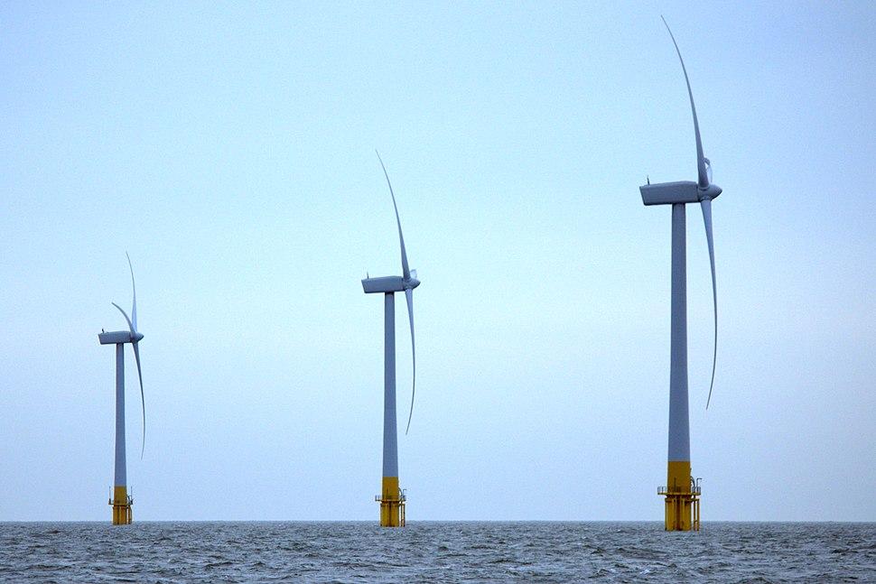 Wind Turbines (5132099985)