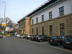 Wuppertal-Steinbeck station - Station entrance
