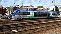 X73723 entre en gare d'Amiens.JPG