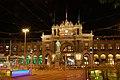 Zurich Hauptbahnhof by night.JPG