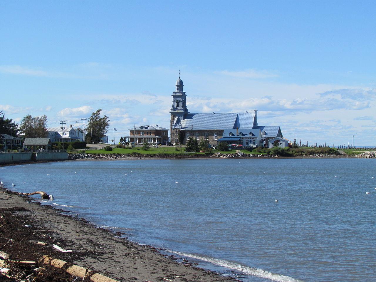 Saint-Laurent (QC) Canada  city photos gallery : Église de Ste Luce sur Mer, Bas St Laurent, QC, Canada
