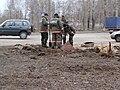 Пожарные (ПЧ-13) проверяют состояние гидранта, Котлас.JPG