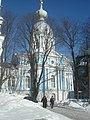 Угловая церковь одного из жилых корпусов смольного монастыря.jpg