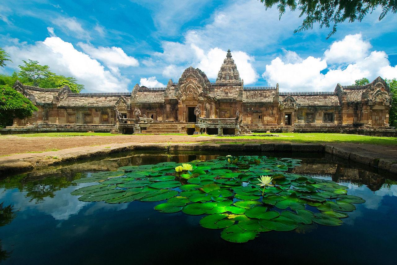 เล่าเรื่องเมืองบุรีรัมย์ - พนมรุ้ง กับ 11 เรื่องราวที่คุณอาจไม่เคยรู้มาก่อน
