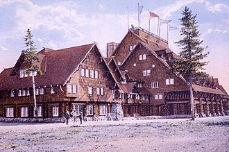 Old Faithful Inn - The inn in 1914