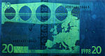 20 euro note under UV light (Reverse)