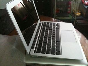 Subnotebook - Image: 11macbookair