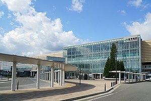 Shin-Aomori Station - The east entrance in September 2014
