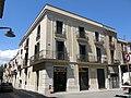 154 Casa Casanovas, pl. Primer Homenatge a la Vellesa 1 - c. Montserrat (Sant Sadurní d'Anoia).jpg