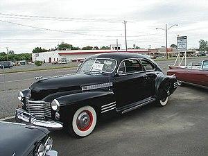 Cadillac Series 61 - Image: 1941 Cadillac 1