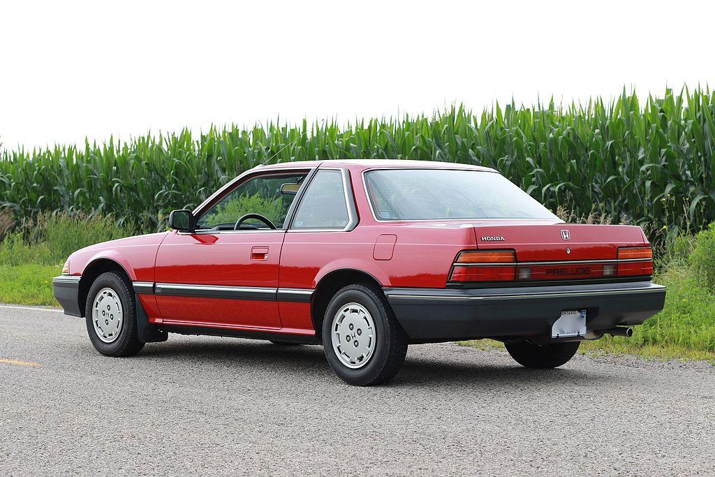 1024px-1987_Honda_Prelude_rear.JPG