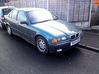 1998 BMW 318I SE Automatic (12693120225).jpg