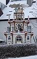 2009-12 Ortspyramide Hilmersdorf.jpg