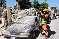 2010년 중앙119구조단 아이티 지진 국제출동100118 중앙은행 수색재개 및 기숙사 수색활동 (271).jpg