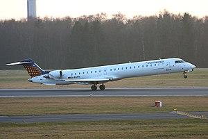 2012-03-15 CRJ900 EW D-ACNV EDDH 02.jpg