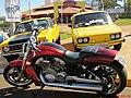 6º Encontro de Veículos Antigos de Sertãozinho no Parque do Cristo. O evento reuniu mais de 250 veículos entre carros, camionetes, motos e até carros militares de expositores que vieram de 14 cidad - panoramio.jpg