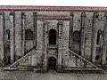 711 Santa María del Naranco (Oviedo), façana nord, pòrtic i escales.jpg