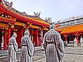 72 Wise men statues in Confucian Shrine - panoramio.jpg