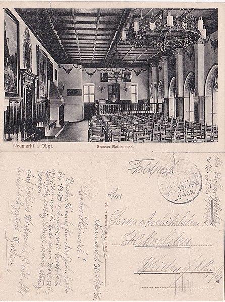 File:AK - Neumarkt - Rathaussaal um 1916.jpg