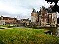 A Fisherman's Castle La Bussiere - panoramio.jpg