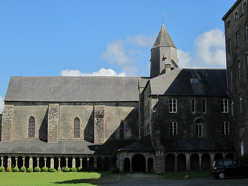 Abbaye Blanche, Mortain, Manche