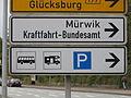 Abbiegen nach Mürwik, KBA und Glücksburg etc (Flensburg, Süderhofenden 2015), Bild 04.JPG