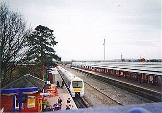Bicester North railway station - A view of Bicester North station from the footbridge in 2010