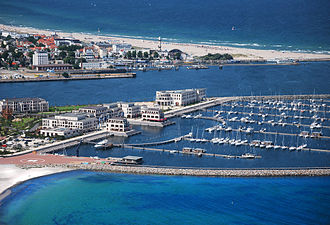 A destination hotel in Germany: Yacht Harbour Residence in Rostock, Mecklenburg Aerial view Yacht Harbour Residence Rostock Yachthafenresidenz Hohe Dune 6.jpg