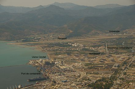 Maritime front of Bejaia: a view of its industrial facilities and the airport. Aeroport, terminal container, usine Cevital a Bejaia 2.jpg