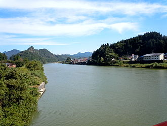 Agano River - Agano River in Aga town
