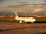 Airbus A320-211 @ YUL (2517825914).jpg