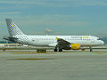 Airbus A320 (Vueling Airlines) (5485903604).jpg
