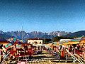 Alpi Apuane viste dalla spiaggia .jpg
