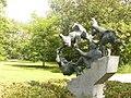 Alt-Treptow - Zwergen Skulptur (Dwarves Sculpture) - geo.hlipp.de - 28360.jpg