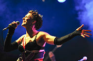 Amanda Palmer @ Fly By Night Club (4 2 2011) (5437532529).jpg