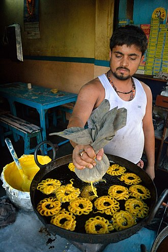 Imarti - Amriti frying in Kolkata