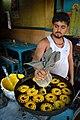 Amriti Frying - Dum Dum - Kolkata 2012-04-22 2207.JPG