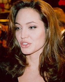 Angelina Jolie all'anteprima di Alexander (2004)