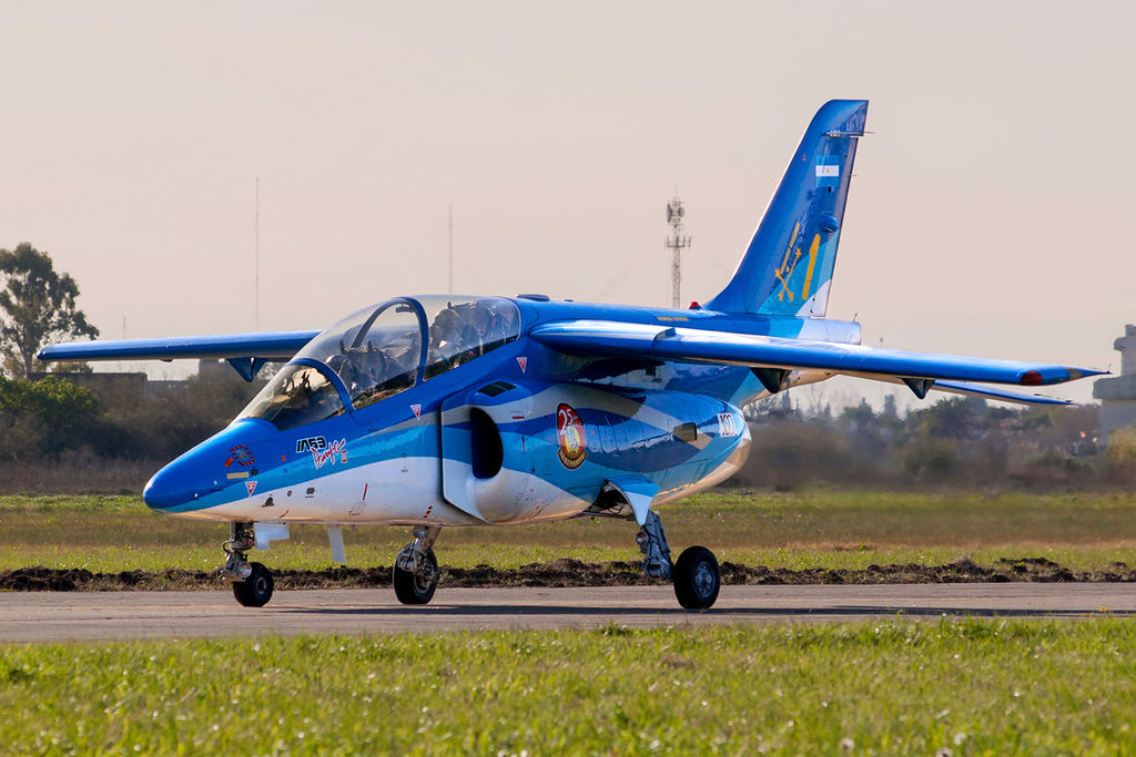 File:Argentine Air Force LMAASA IA-63 Pampa II (AT-63).jpg - Wikipedia