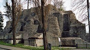 Opus vittatum - Theatre of Augustus in Augusta Raurica. The steps are in opus vittatum.