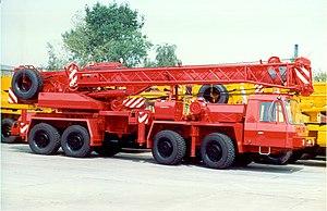 Tatra 815 - Tatra T815 8x8 crane with low cab