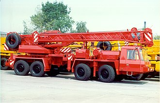 Tatra 815 - Tatra T815 8x8 crane with low cab