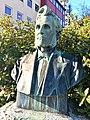 Baard Haugland memorial from 1919 in Leirvik, Stord, Norway. Photo 2018-03-13 bPortrait bust by Torleiv Agdestein.jpg