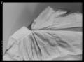 Barnskjorta, som med största sannolikhet burits av drottning Kristina vid 2 års ålder - Livrustkammaren - 70359.tif
